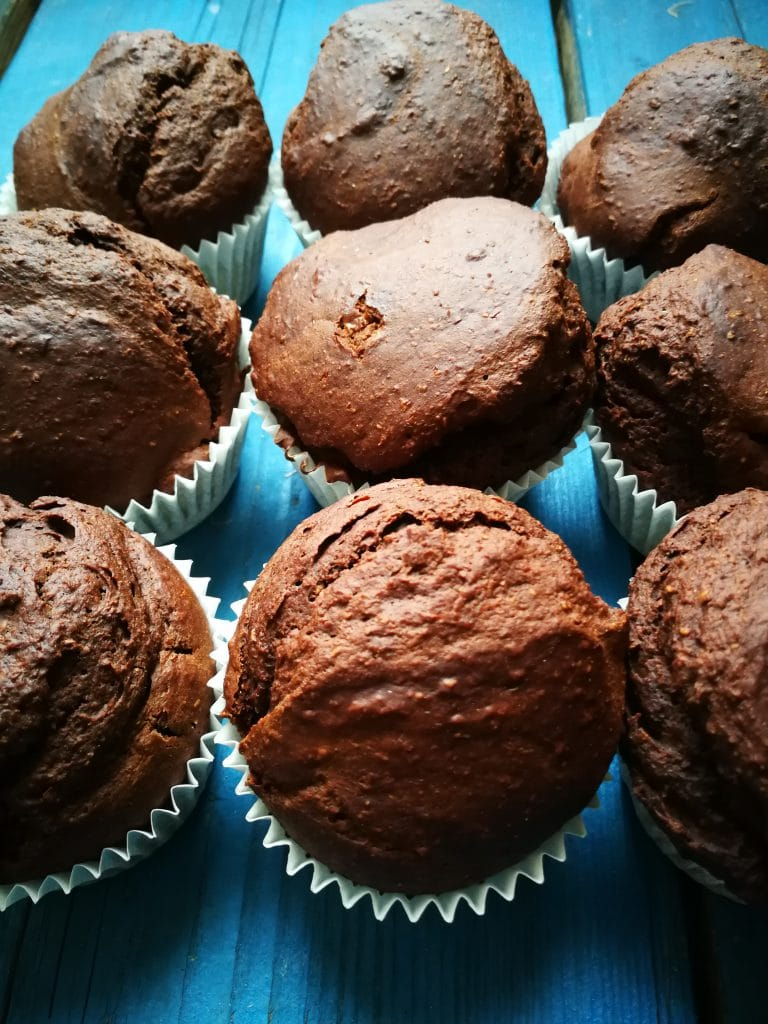 frosted vegan low fat chocolate cupcakes